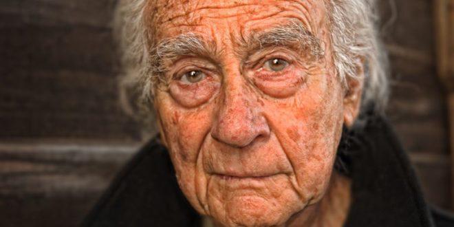 Bosanac kad je vidio starca da kupuje lijekove na dug, platio dugove svih umirovljenika