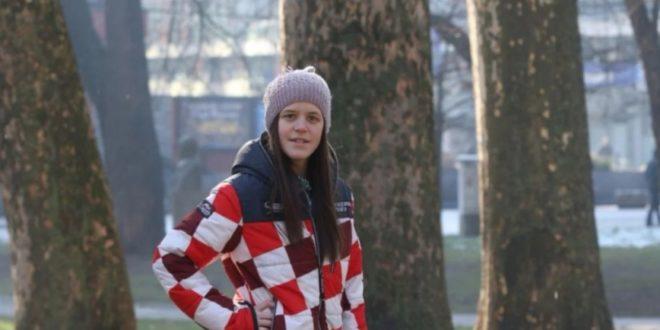 Sedina Muhibić, dijete SOS dječijeg sela, napadnuta zbog jakne s kockicama